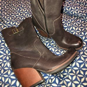 Women's KORKS boots size 7